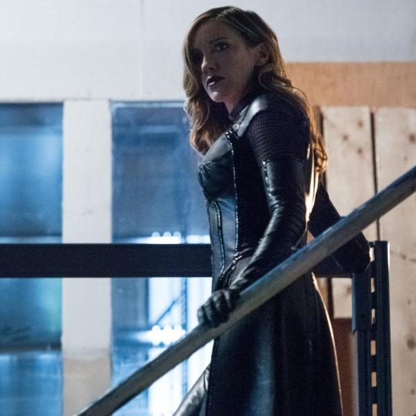 Katie Cassidy como Laurel Lance em 'Arrow'