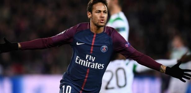 Neymar comemora gol marcado contra o Celtics na Liga dos Campeões - AFP