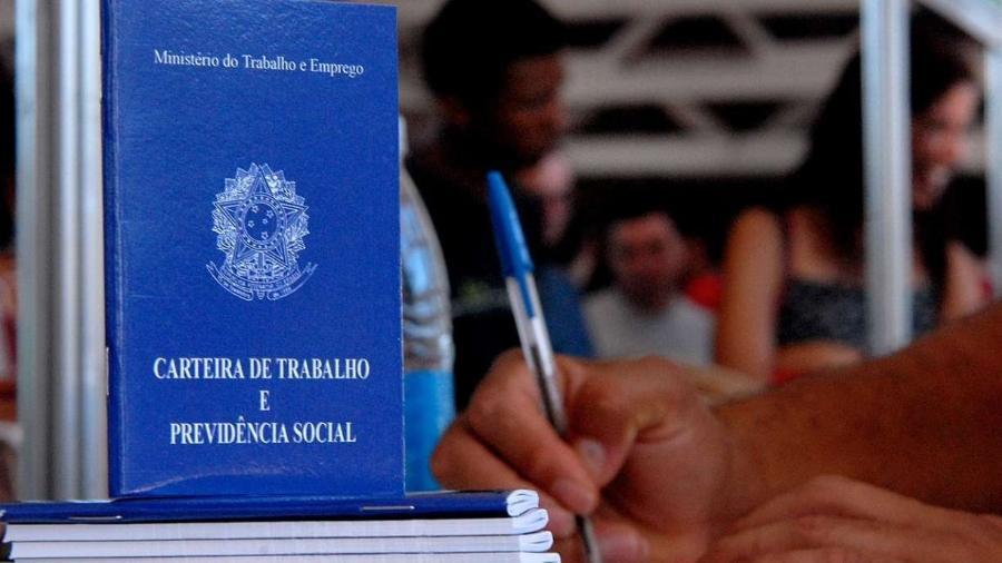 Maior parte dos pedidos do seguro-desemprego ainda é feita presencialmente                              - Agência Brasil