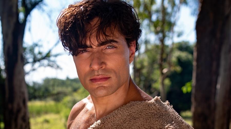 Carlo Porto interpreta Adão em Gênesis, da Record TV (Divulgação) - Reprodução / Internet