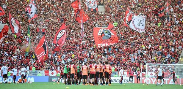 Torcida do Flamengo lotará o Maracanã neste domingo contra o Corinthians