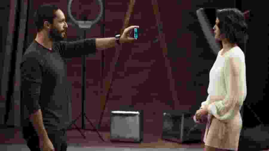 Téo (Rainer Cadete) e Josiane (Agatha Moreira) de A Dona do Pedaço (Reprodução/TV Globo) - Téo (Rainer Cadete) e Josiane (Agatha Moreira) de A Dona do Pedaço (Reprodução/TV Globo)