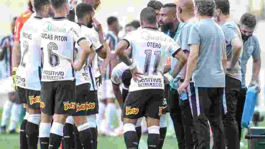 O Corinthians, dirigido pelo técnico interino Coelho, tem apenas 46% de aproveitamento em 2020 - (Foto: Rodrigo Coca/Agência Corinthians)