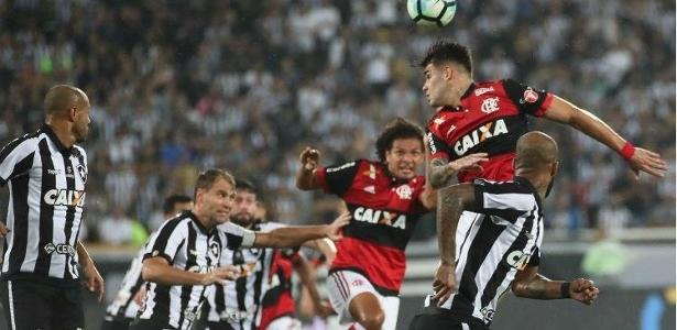 Flamengo e Botafogo podem voltar a se enfrentar no Nilton Santos