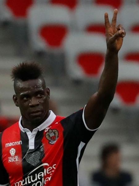 Balotelli brilhou na vitória do Nice sobre o Monaco - Eric Gaillard/Reuters