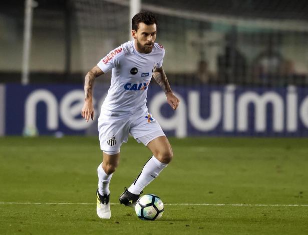 Lucas Lima em ação pelo Santos: jogador está de saída do Peixe
