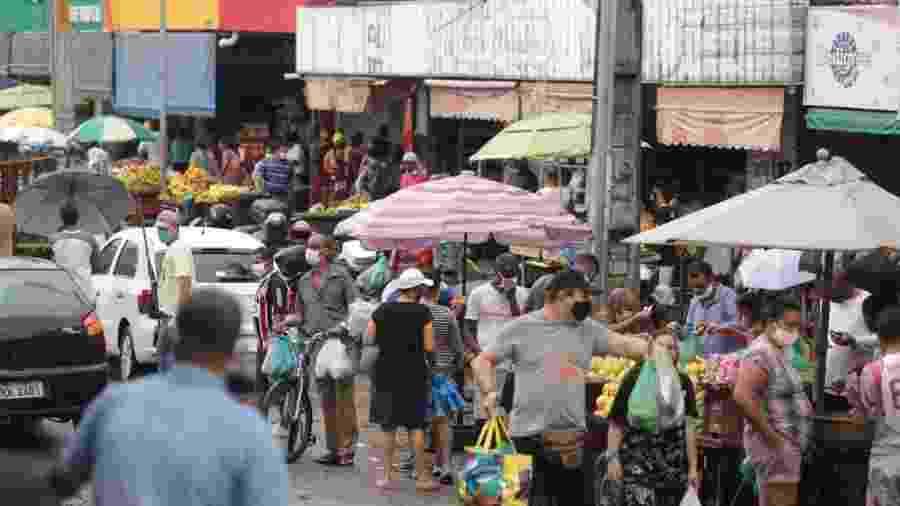Circulação de pessoas no Grande Recife durante a quarentena - Jailton Jt./JC Imagem
