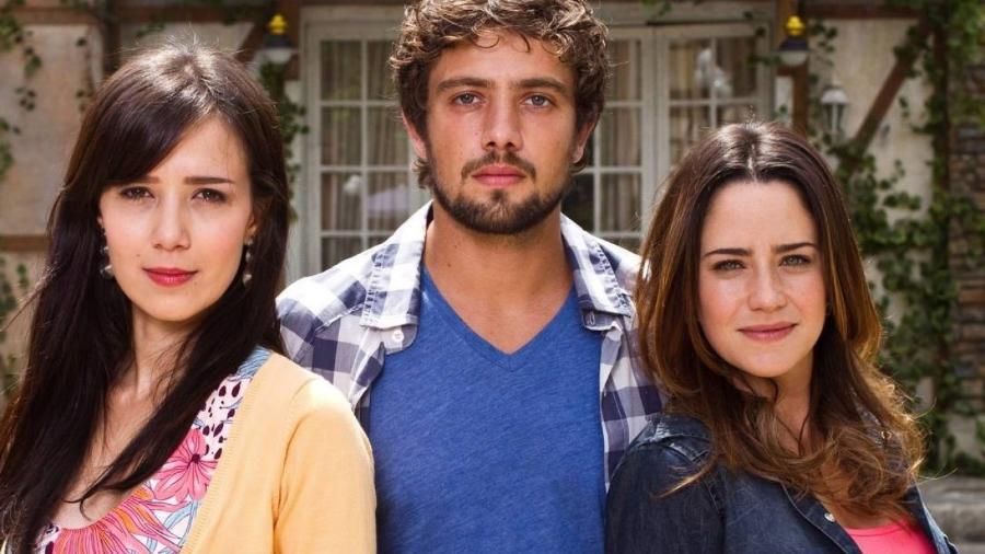 Manuela (Marjorie Estiano), Rodrigo (Rafael Cardoso) e Ana (Fernanda Vasconcellos) em A Vida da Gente (Foto: Reprodução) - Reprodução / Internet