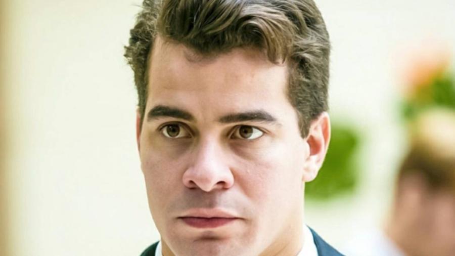 Júlio (Thiago Martins) de Pega Pega (Divulgação - TV Globo) - Reprodução / Internet