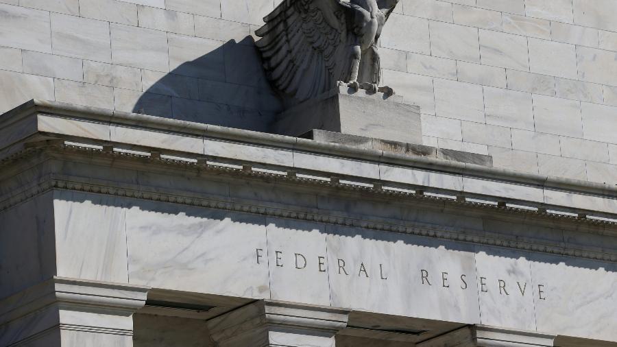 """Momento de aumentar juros não está """"nem um pouco próximo"""", diz presidente do Fed - Reuters"""