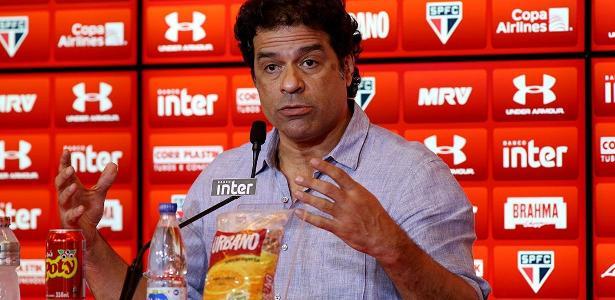 Raí falou com os jogadores do São Paulo antes do treino desta segunda-feira - Luis Moura/WPP/Estadão Conteúdo