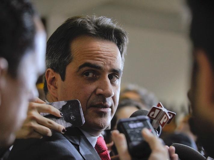 """Ciro Nogueira é o ministro que pode """"demitir"""" Bolsonaro"""