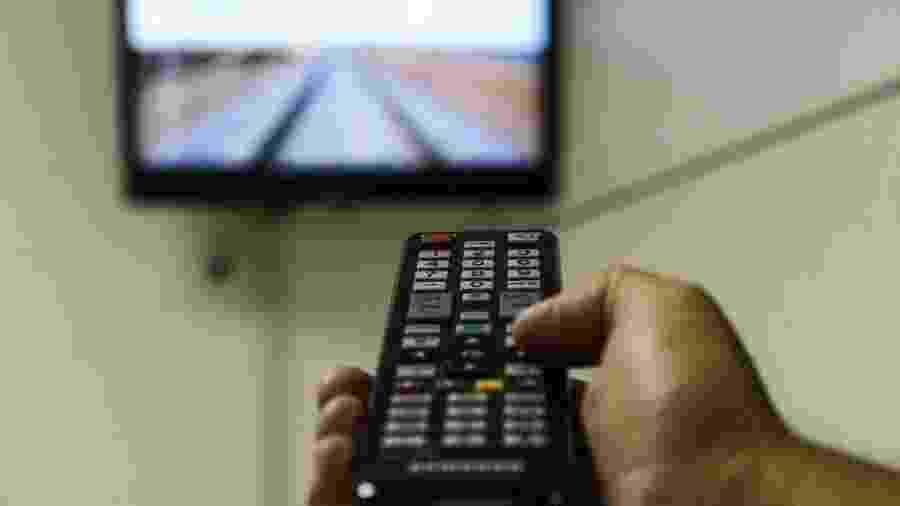 O número de assinantes de TV a cabo está em queda nos EUA e no Brasil - Valter Campanato/Agência Brasil