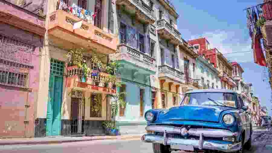 Havana decreta toque de recolher noturno para conter surto de covid-19 - Shutterstock