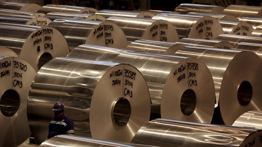 Faturamento real da indústria cai 1,2% em novembro ante outubro, diz CNI - Reuters