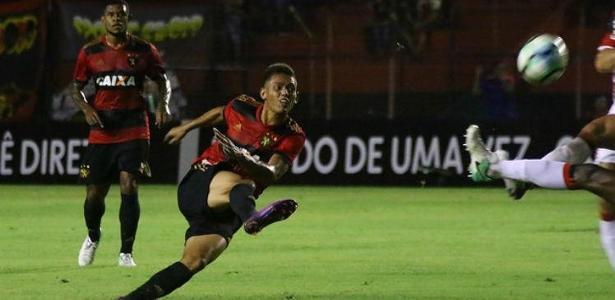 Thallyson marcou um golaço contra o Corinthians na última rodada
