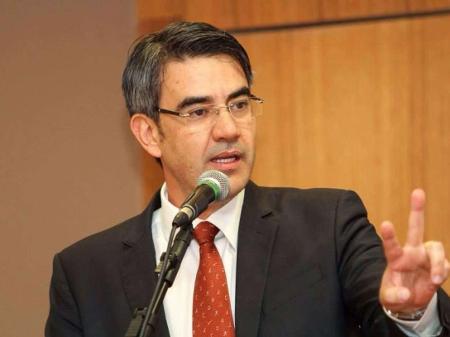 Prisão de Fabrício Queiroz: novo advogado do ex-assessor defende ...