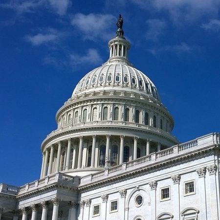 Democratas terão votos para aprovar pacote fiscal dos EUA, diz líder no Senado - Pixabay