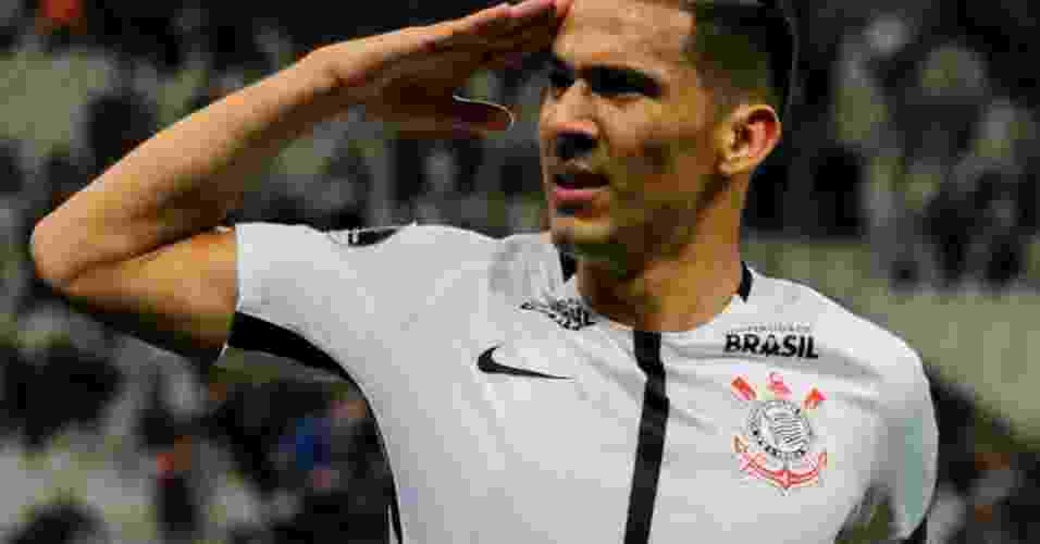 Balbuena marcou o primeiro gol do Corinthians na partida - Marcello Fim/Raw Image/Estadão Conteúdo