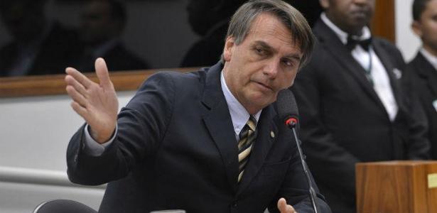"""Tem de radicalizar contra o MST, mas radicalizar dentro da lei"""", disse Bolsonaro"""