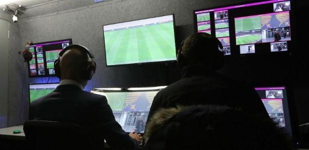 FGF, Grêmio e Inter ajustam detalhes para repetir uso de árbitro de vídeo