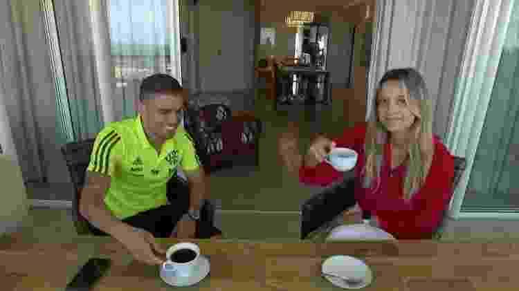 Ana Helena Goebel e Cuéllar: jornalista da Globo foi afastada após polêmica (Reprodução/Globo)