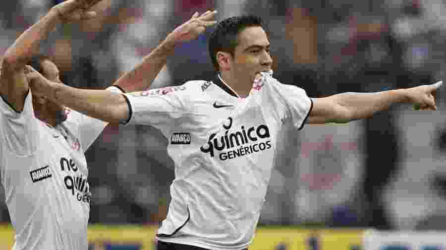 Zagueiro-artilheiro, Chicão foi campeão oito vezes com o Corinthians - Daniel Augusto Jr/Foto Arena/ Estadão Conteúdo