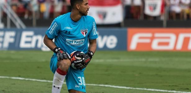 O goleiro do São Paulo, Renan Ribeiro