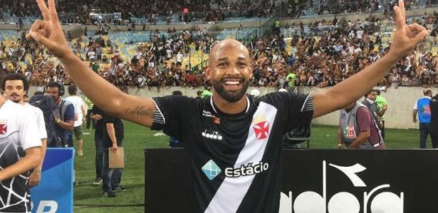 ea9f8a196b Vasco  Fellipe Bastos é suspenso por 3 jogos após piada homofóbica com Flu