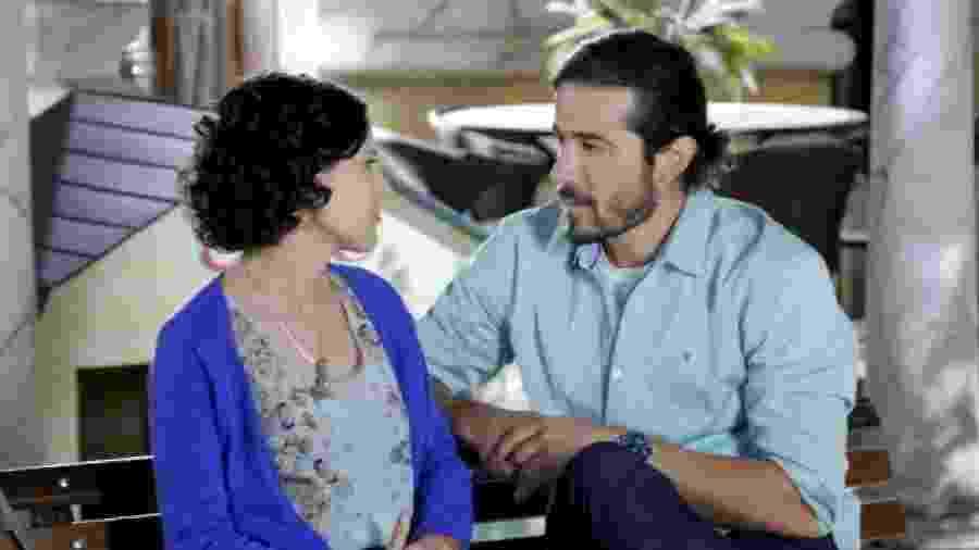 Manuela do Monte e Paulo Leal como Carol e Fernando em Chiquititas (Divulgação / SBT) - Reprodução / Internet