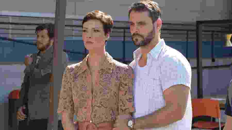 Sophia (Camila Rodrigues) e Antonio (Felipe Cunha) em Topíssima (Divulgação/Record TV) - Sophia (Camila Rodrigues) e Antonio (Felipe Cunha) em Topíssima (Divulgação/Record TV)