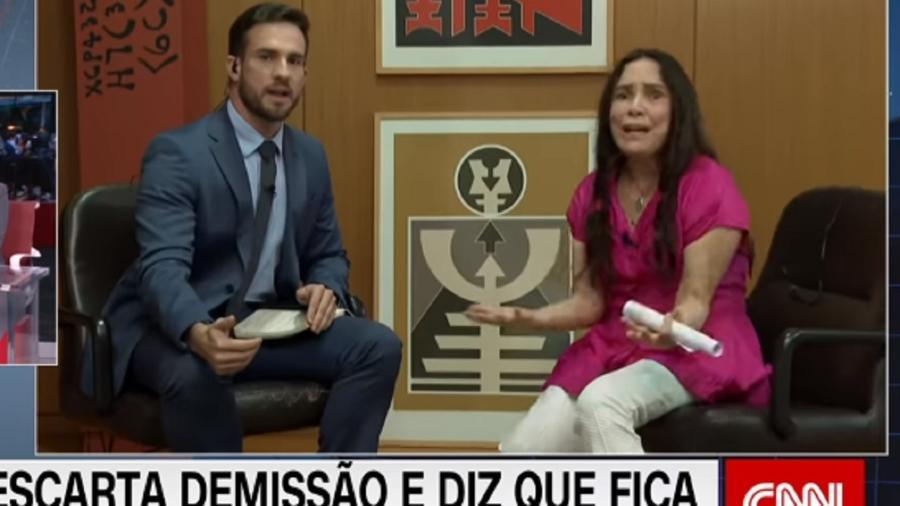 Daniel Adjuto entrevista Regina Duarte na CNN Brasil  - Reprodução / Internet