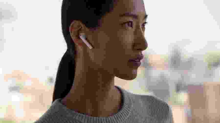 Airpods, da Apple, podem ganhar em breve um novo e improvável concorrente, feito pela Amazon -
