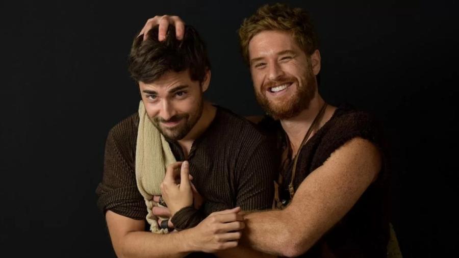 Cirillo Luna e Miguel Coelho vivem Esaú e Jacó em Gênesis (Blad Meneghel/Record TV) - Reprodução / Internet