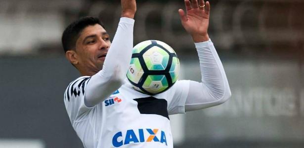 Renato é amigo particular de Elano desde a época de Guarani, onde trabalharam juntos