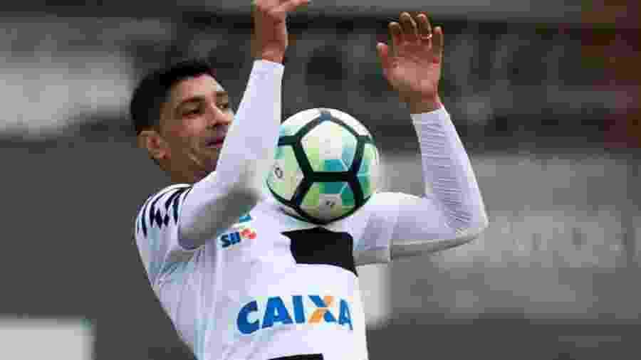 Renato pode voltar a jogar depois de 40 dias longe dos gramados - Ivan Storti/Santos FC