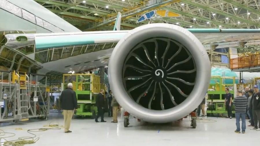 Motor GE9X do novo Boeing 777X - false