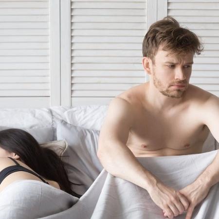 Pesquisas apontam que pode acontecer de você se sentir triste e chorar após uma relação sexual - iStock