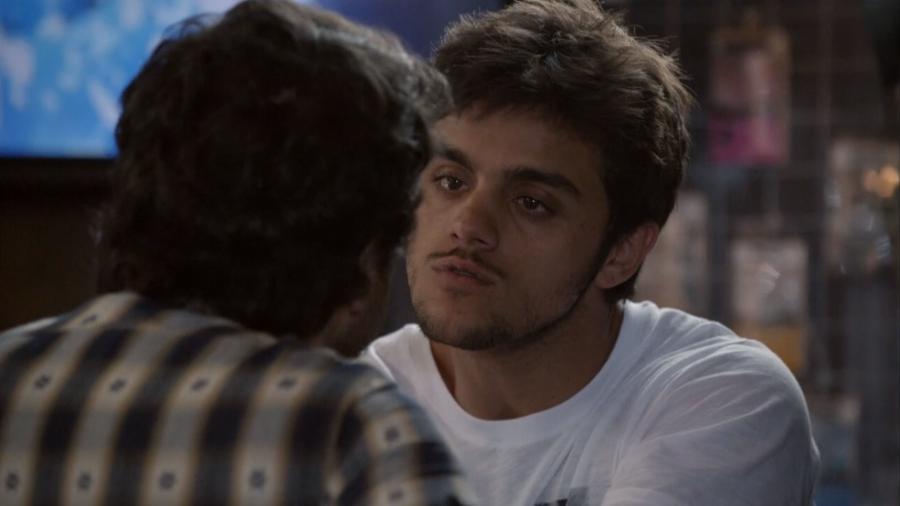 Edgard (Guilherme Piva) e Cobra (Felipe Simas) em Malhação - Sonhos (Reprodução / Globo) - Reprodução / Internet