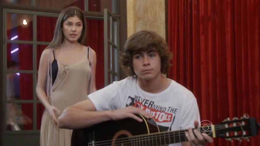Bianca (Bruna Hamú) e Pedro (Rafael Vitti) em Malhação - Sonhos (Reprodução / Globo) - Reprodução / Internet