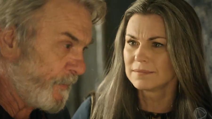 Abraão (Zé Carlos Machado) e Sara (Adriana Garambone) em Gênesis (Reprodução/Record TV) - Reprodução / Internet