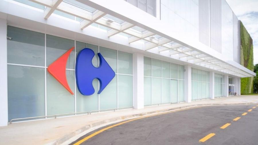 Carrefour apura se houve falha no elevador onde um homem ficou preso por mais de 30 horas em uma das unidades de Santos  - Divulgação