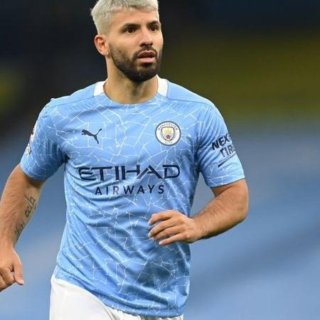 Aguero, jogador do Manchester City em campo - GettyImages