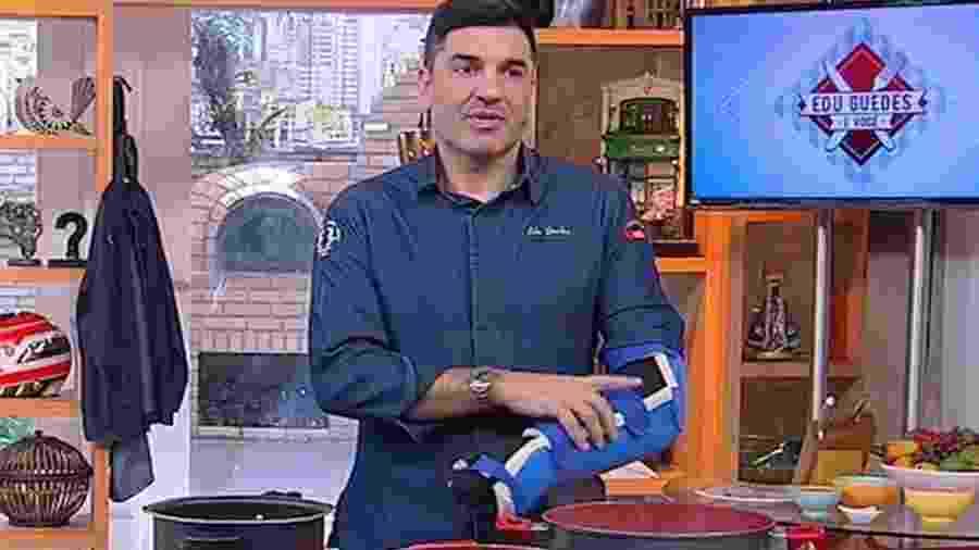 Edu Guedes em seu programa na RedeTV - Reprodução / Internet