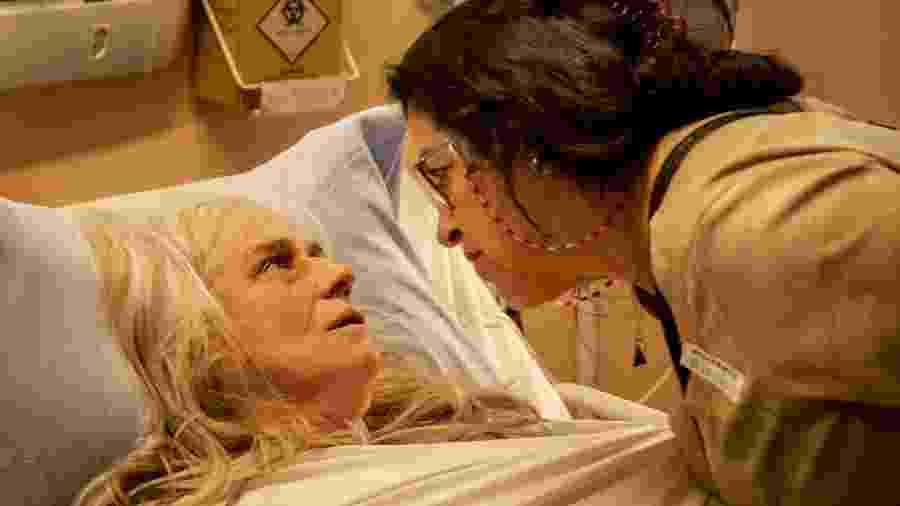 Lurdes (Regina Casé) e Kátia (Vera Holtz) , de Amor de Mãe (Divulgação/Globo) - Lurdes (Regina Casé) e Kátia (Vera Holtz) , de Amor de Mãe (Divulgação/Globo)