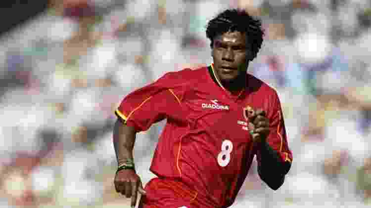 Luís Oliveira, em ação pela seleção da Bélgica -  -