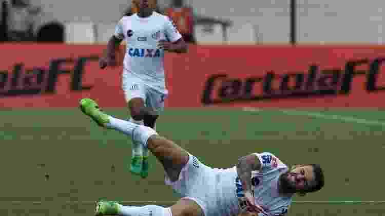 Lucas Lima sofreu lesão no jogo contra o Coritiba - Reprodução/Santos - Reprodução/Santos