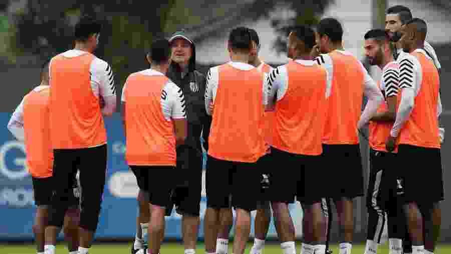 Jogadores não concederão mais entrevistas antes do duelo contra o São Paulo - Ivan Storti/Santos FC