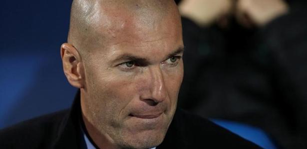 Zidane deu pouca atenção às especulações de que o Real tem interesse em Neymar
