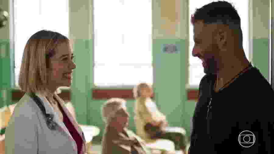 Lígia (Paloma Duarte) e Marureira (Henri Castelli) de Malhação - Toda Forma de Amar (Reprodução/TV Globo) - Reprodução/TV Globo